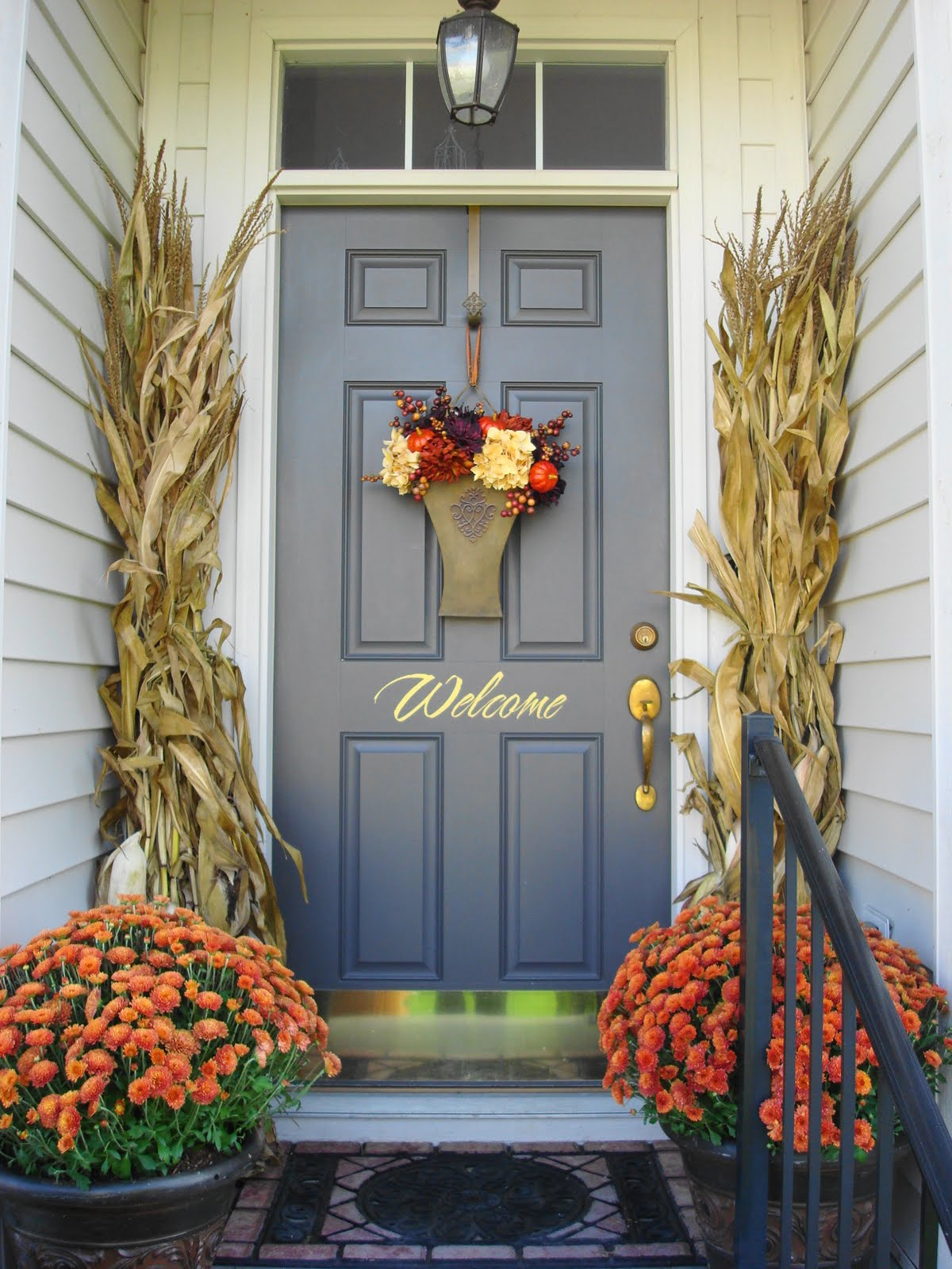 Fall Outdoor Decorating Ideas - living after midnite